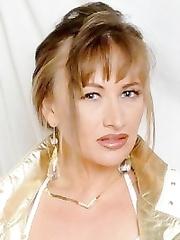 Tonisha Mills