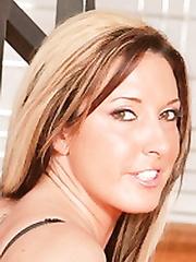 Fiona Cheeks