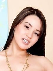 Chloe Cane