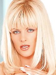 Lisa Belle