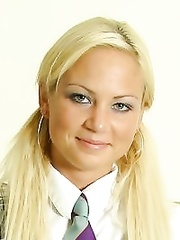 Nika Blond