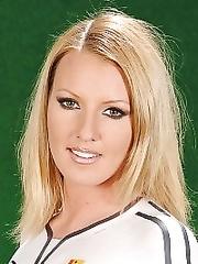 Viktoria Blond