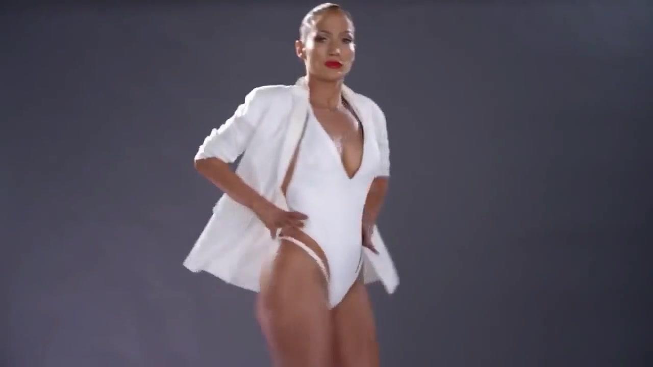 Mature Latina Jennifer Lopez lives director